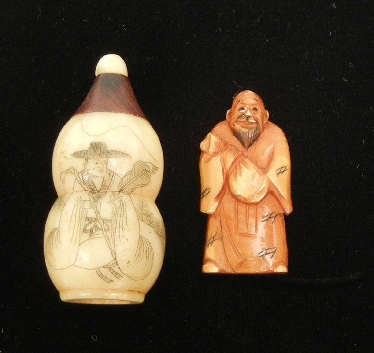 291: Oriental snuff bottle and hand carved netsuke, veg