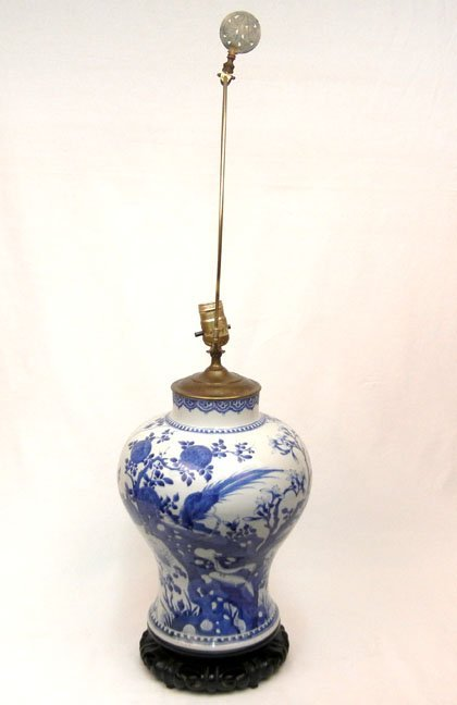 507: Chinese Export porcelain lamp, blue decoration, on