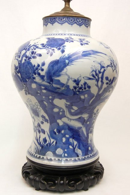 507: Chinese Export porcelain lamp, blue decoration, on - 2