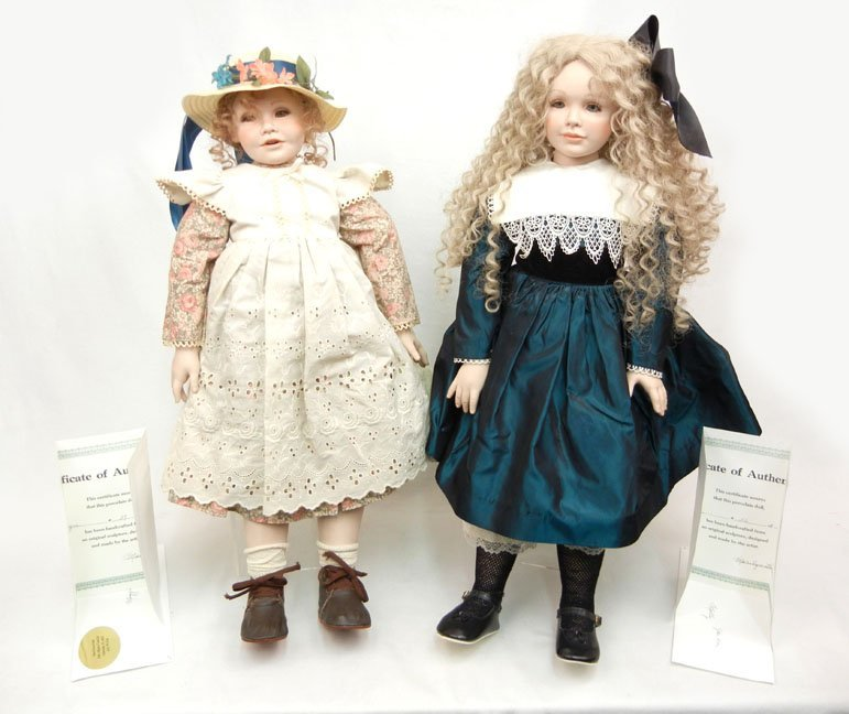 """7: Two Marilyn Bolden limited edition artist dolls, """"Mo"""