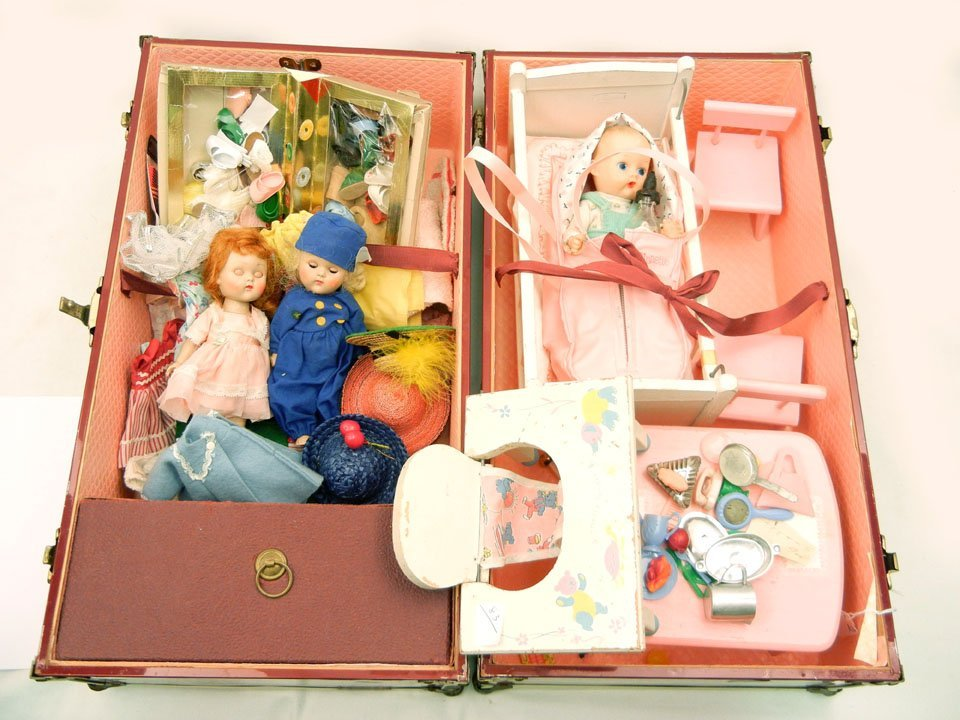"63: Large collection of two 7 1/2"" Ginny Vogue dolls, G"