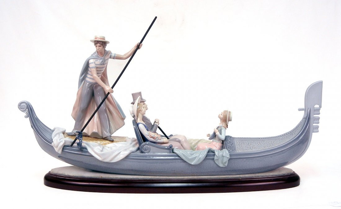 """23: Lladro """"In the Gondola"""" No. 1350, with base and cer"""