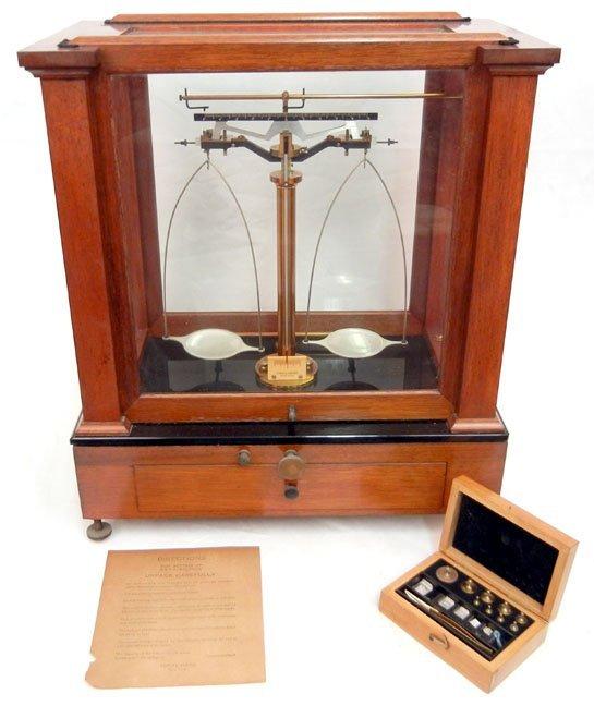 364: Eimer & Amend New York 2J balance scale, mahogany