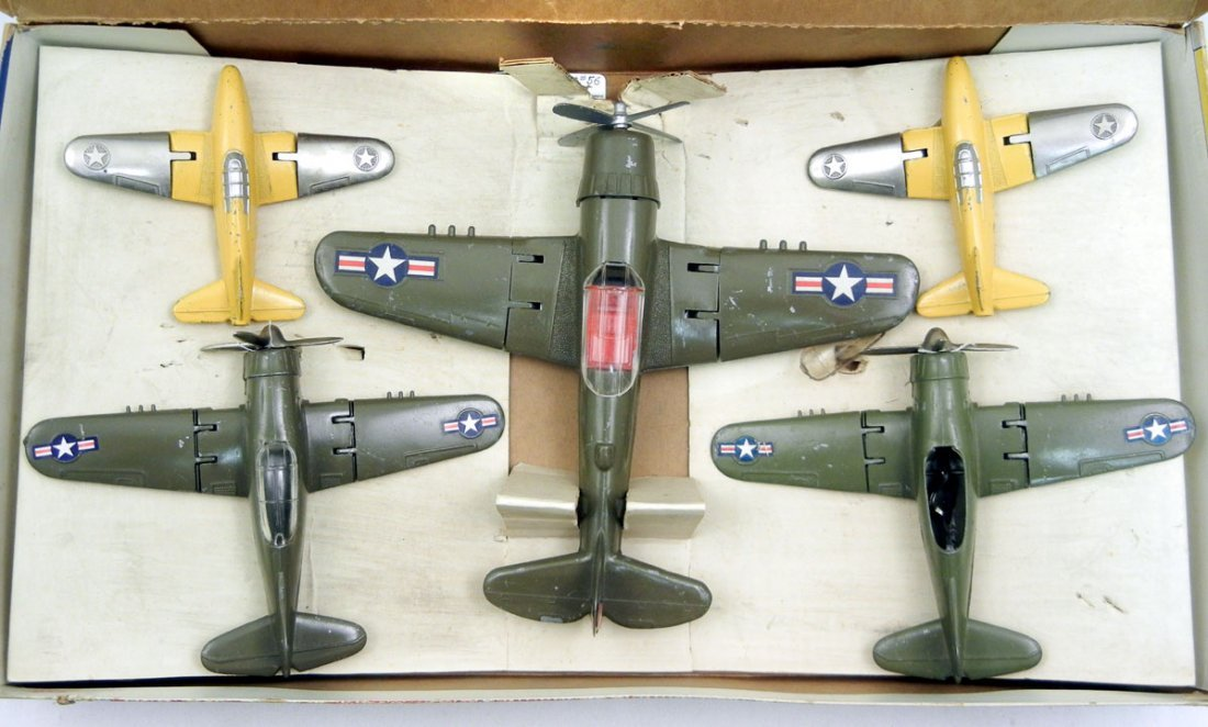 Hubley #56 Air Combat set of five first issue olive dra