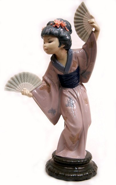 "Lladro Madame Butterfly No. 4991, 11 3/4"" high"