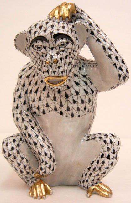 Herend porcelain monkey in black fishnet pattern, marke