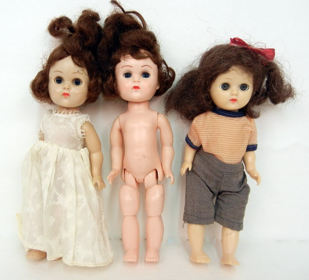 Two Vogue strung Ginny walkers and a Ginny type doll,