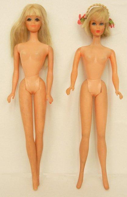 Two Mod Barbies, blonde Hair Fair Barbie, model No.