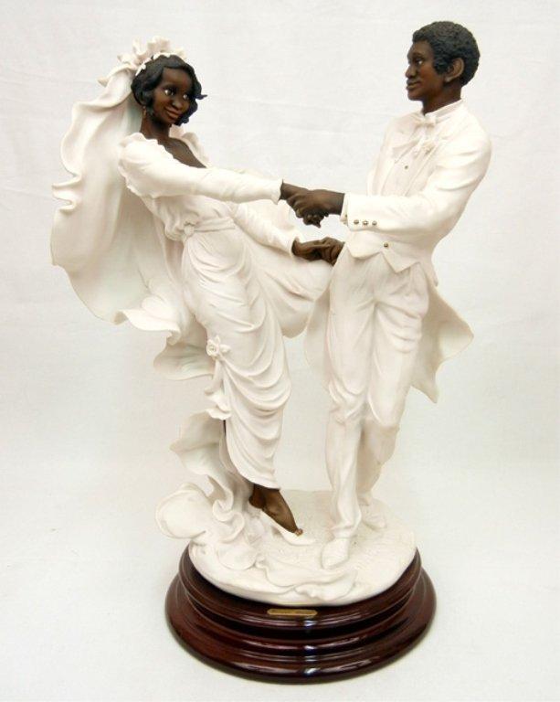 Giuseppe Armani figurine, Wedding Waltz, mounted on bas