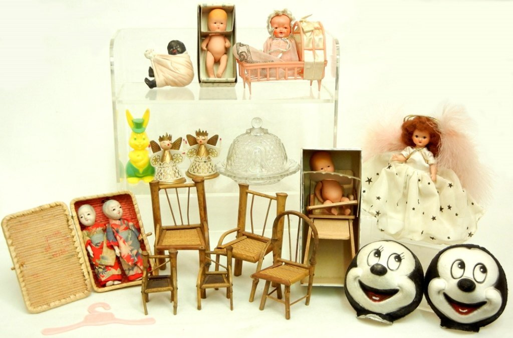 Grouping of antique dolls