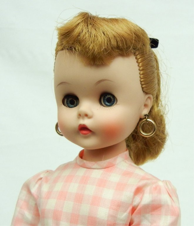 Madame Alexander Edith the Lonely doll - 2
