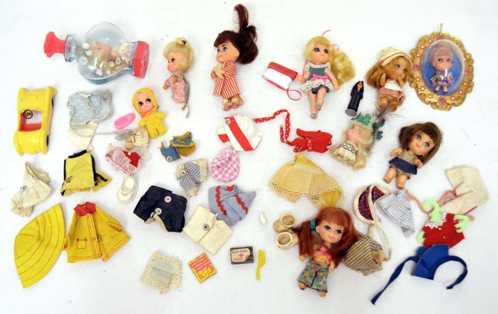 Grouping of Kiddles dolls and accessories,