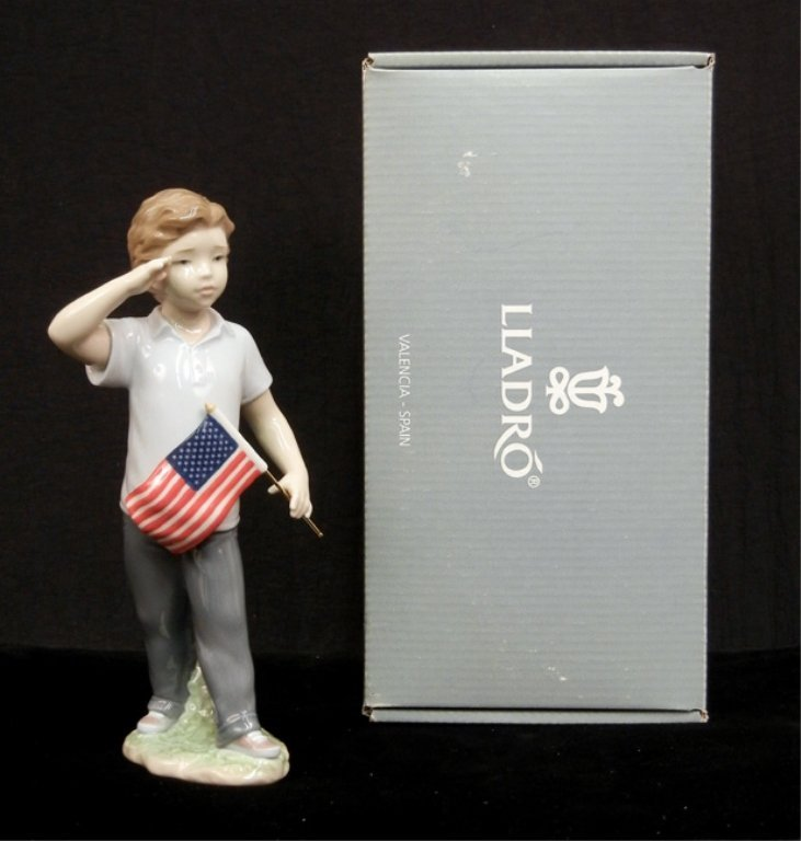 "Lladro ""Saluting the Flag"" figurine"