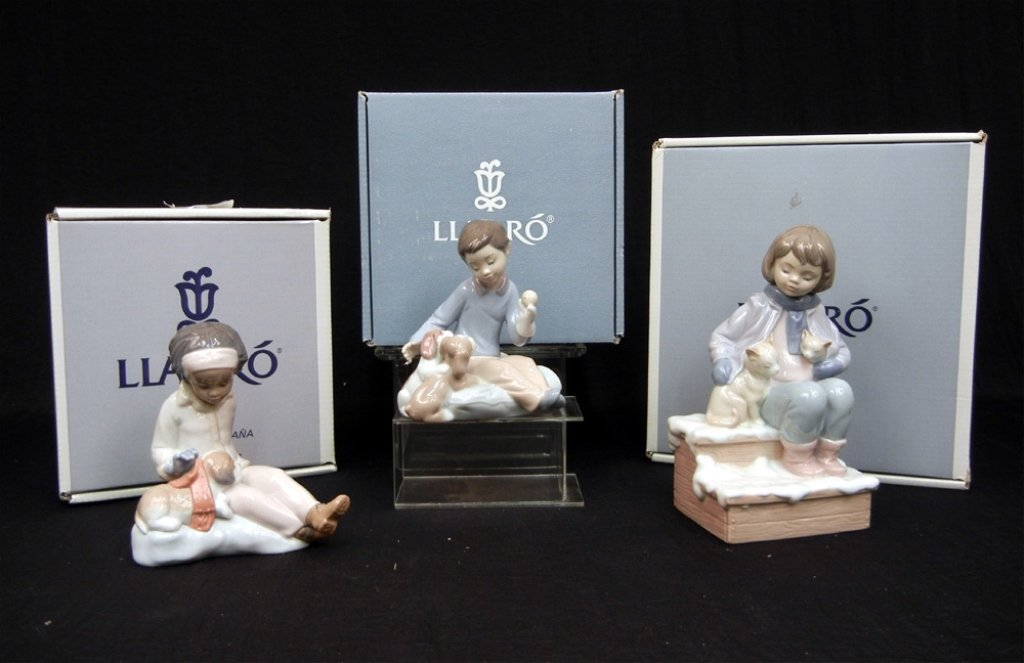 Grouping of three boxed Lladro figurines