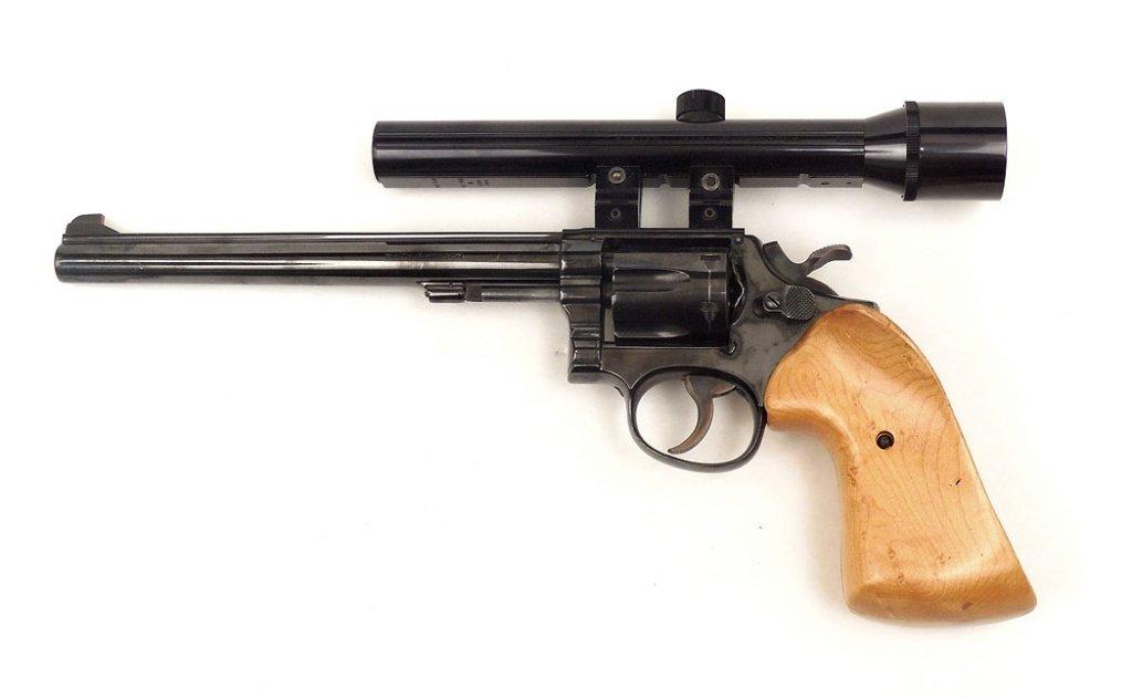 Smith & Wesson .22LR revolver - 2