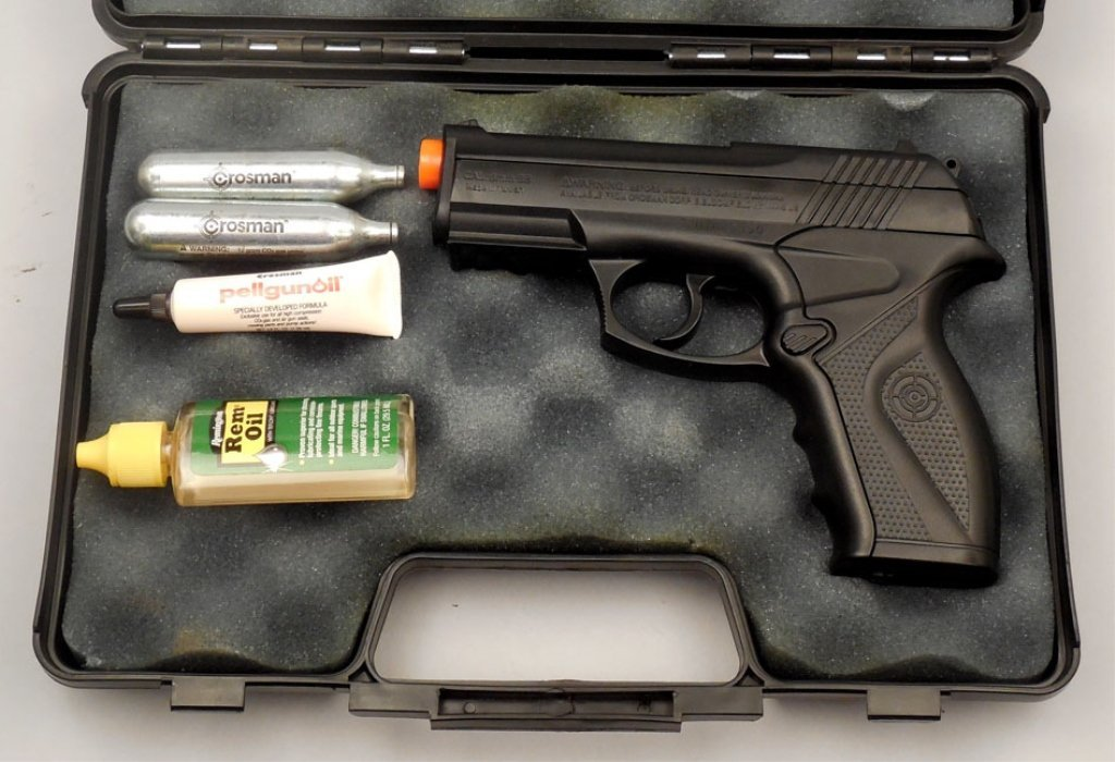Air Mag C11 cal. 6mm BB CO2 pistol with case