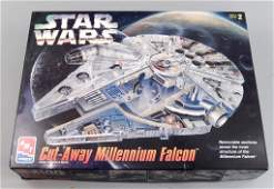 AMT ERTL Star Wars Millennium Falcon in box