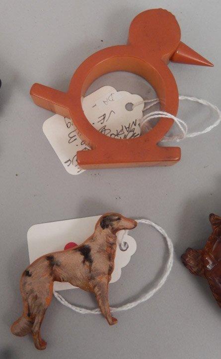 Grouping of bakelite animal pins and napkin ring - 3