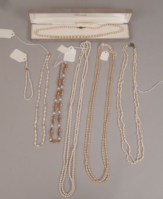 Grouping of pearl necklaces and bracelets