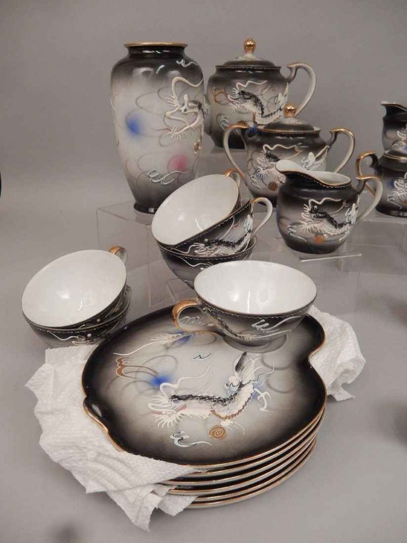 Dragonware luncheon and tea sets - 4