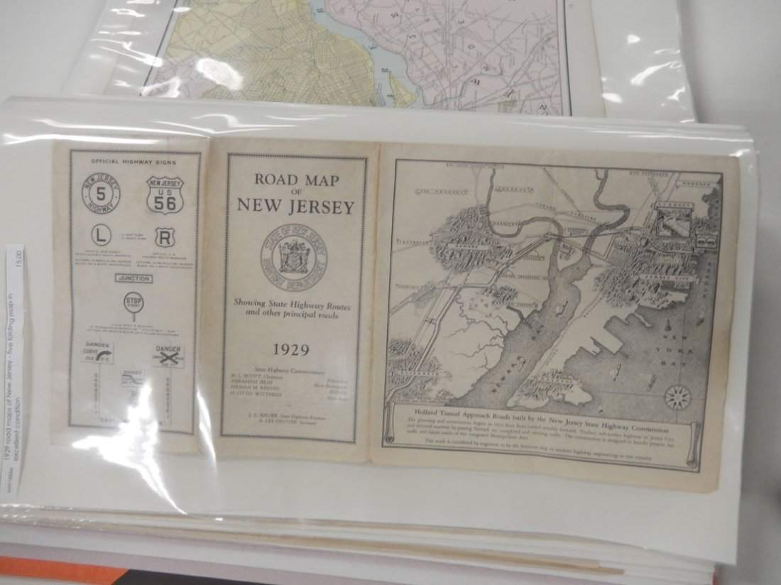 Binder of late 19th and early 20th C. atlas maps, etc. - 4