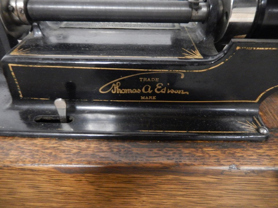 Edison Home Model C phonograph cylinder player - 3