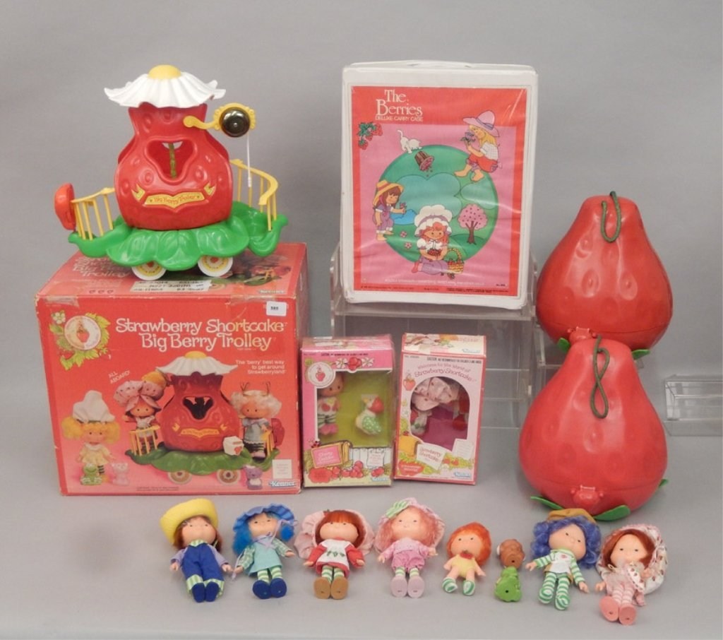 Grouping of Strawberry Shortcake items