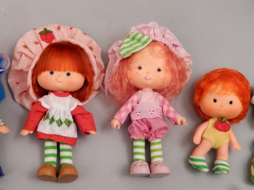 Grouping of Strawberry Shortcake items - 6