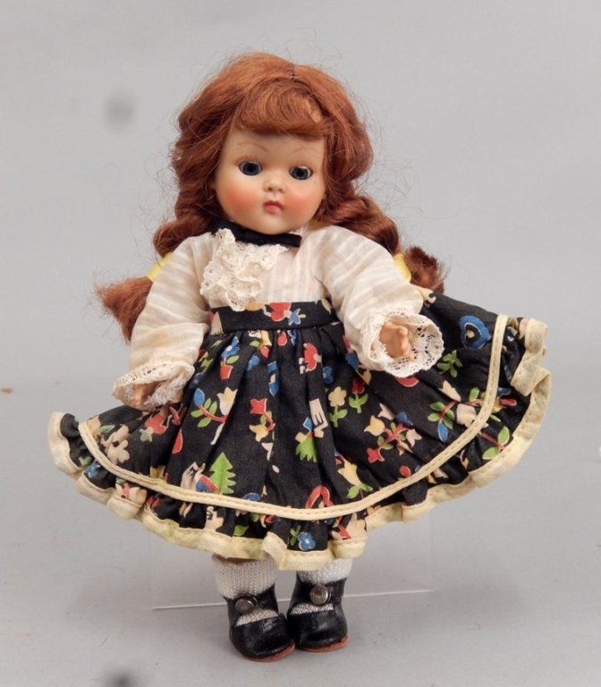 """1952 Vogue strung Ginny """"Kitty"""" square dancer"""