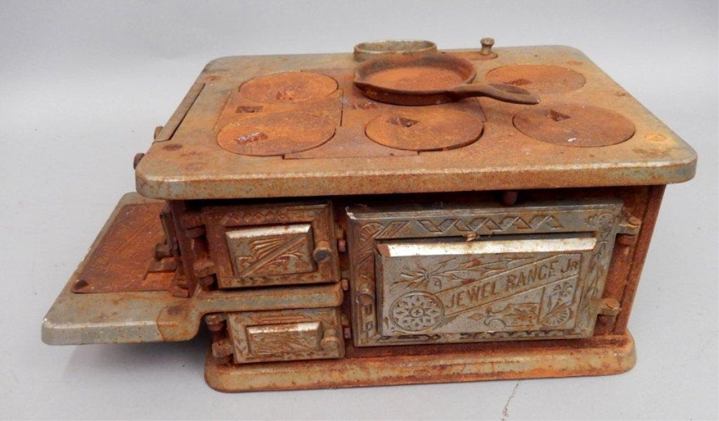 Jewel Range Jr. stove