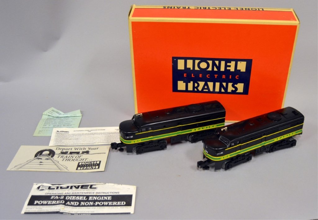Lionel Reading FA-2 Alco A-A diesel engines