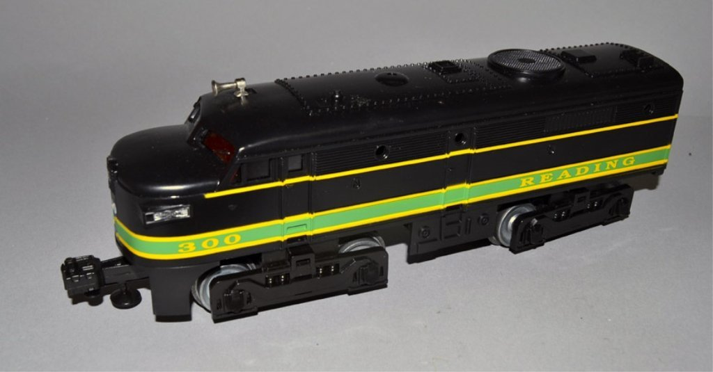 Lionel Reading FA-2 Alco A-A diesel engines - 4
