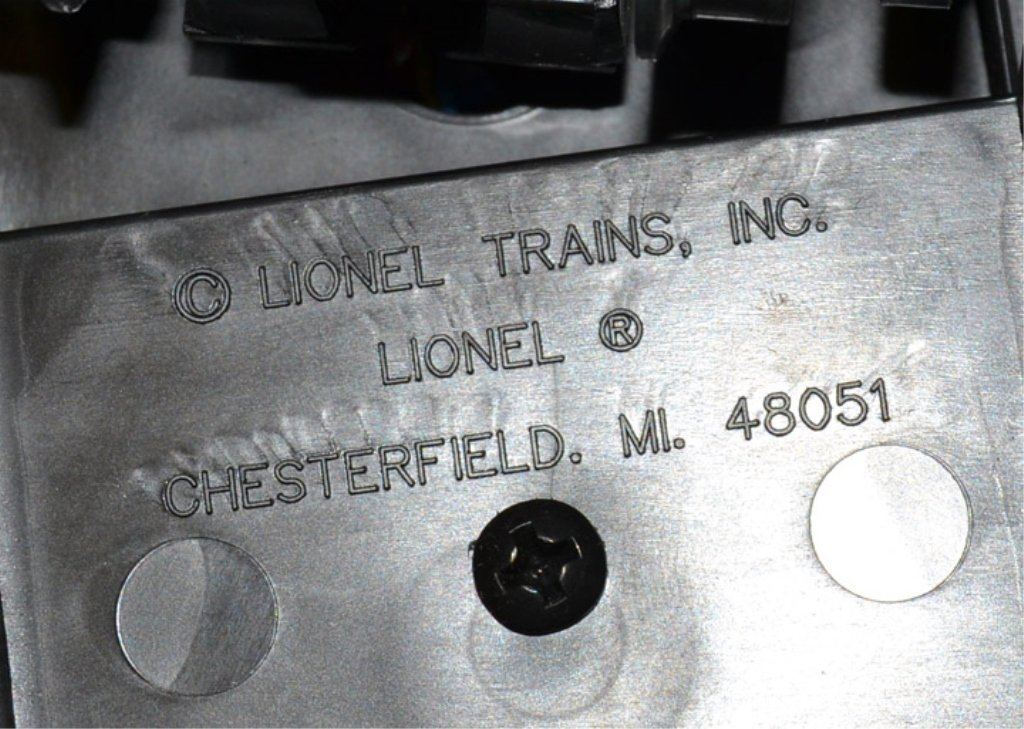 Lionel Reading FA-2 Alco A-A diesel engines - 6