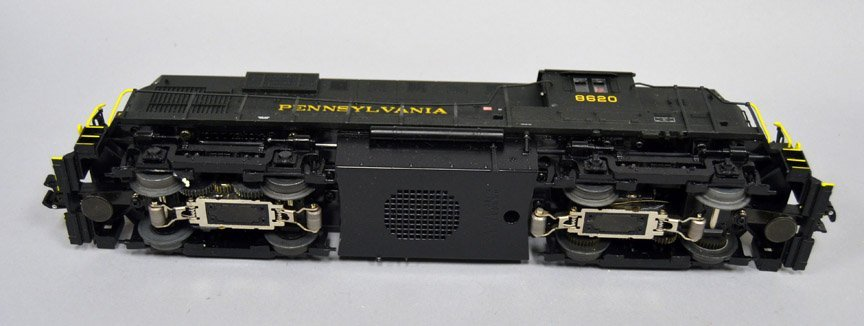Pennsylvania RS-11 diesel locomotive 6-28553 - 4