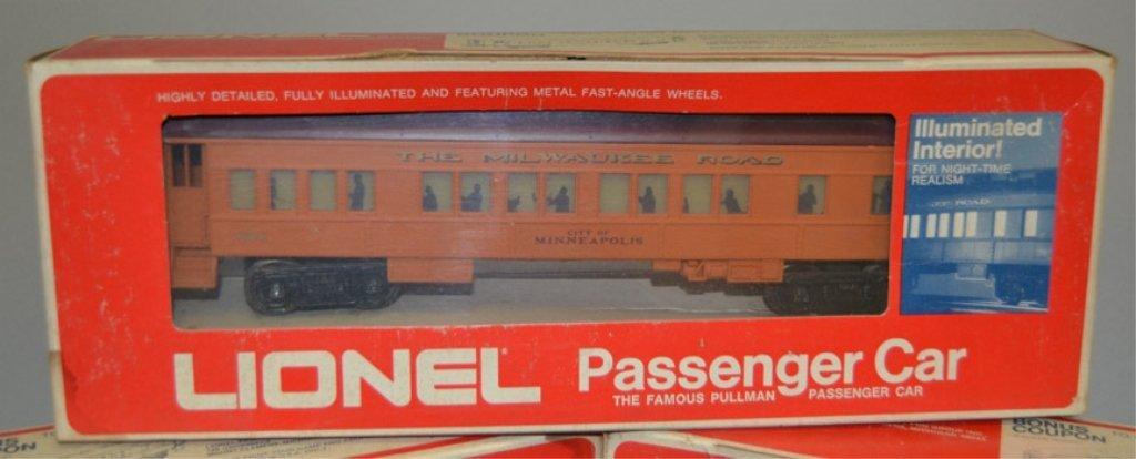 Four Lionel Passenger Cars - 2