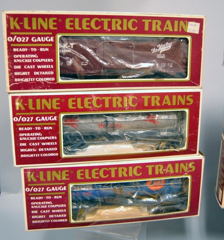 Nine K-line Railroad cars - 3