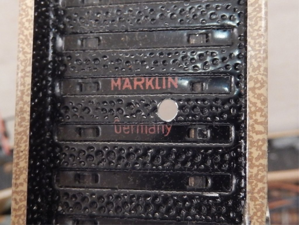 Three boxes of Marklin misc. track and pieces - 3