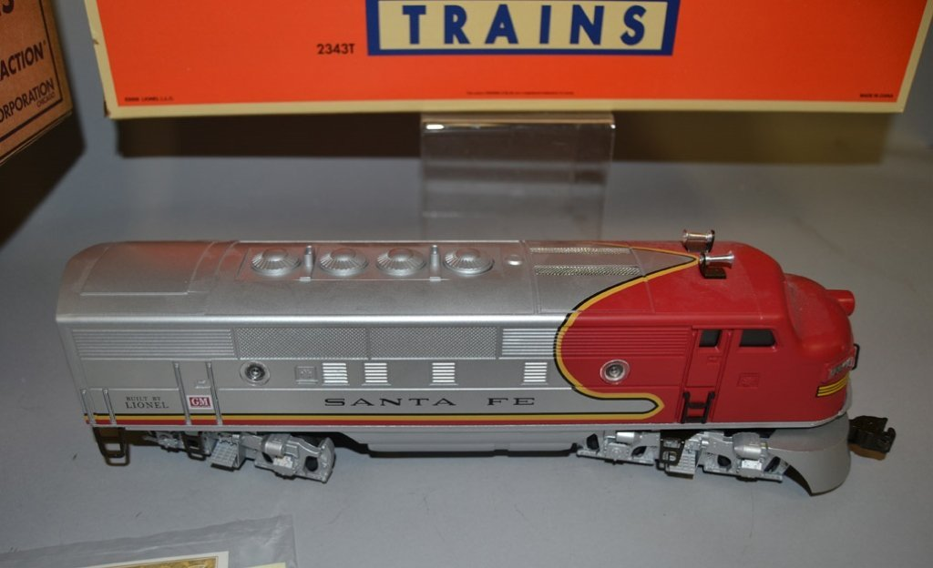 Lionel Twin Diesel Locomotives No. 2343 Santa Fe - 2