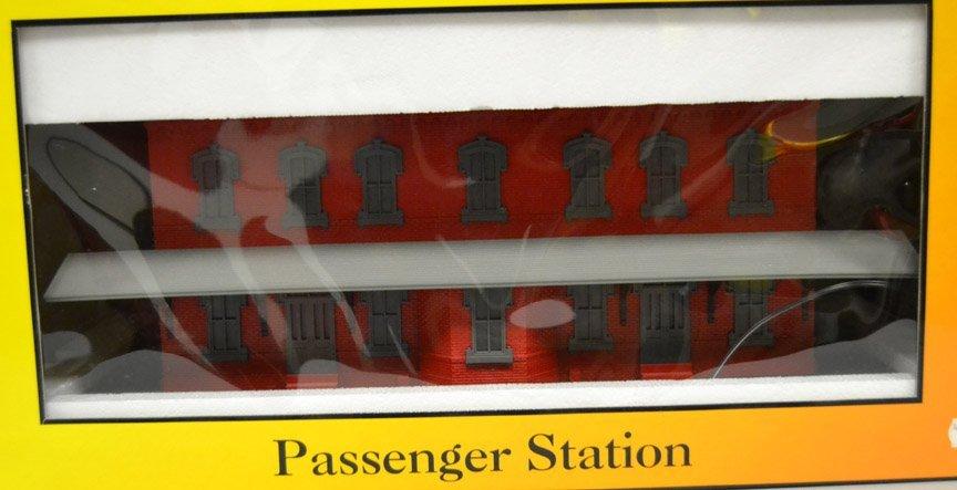 Rail King Passenger Station Red Stone - 2