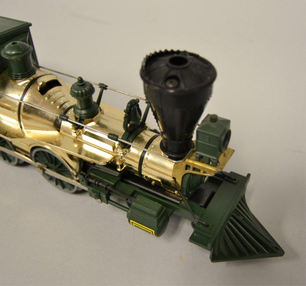 Lionel Union Pacific 3 steam locomotive and tender - 3