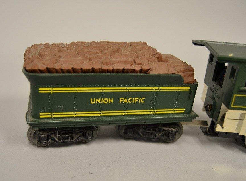 Lionel Union Pacific 3 steam locomotive and tender - 4