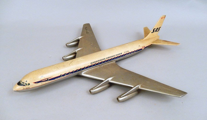 Scandinavian Airlines System DC-8 model plane