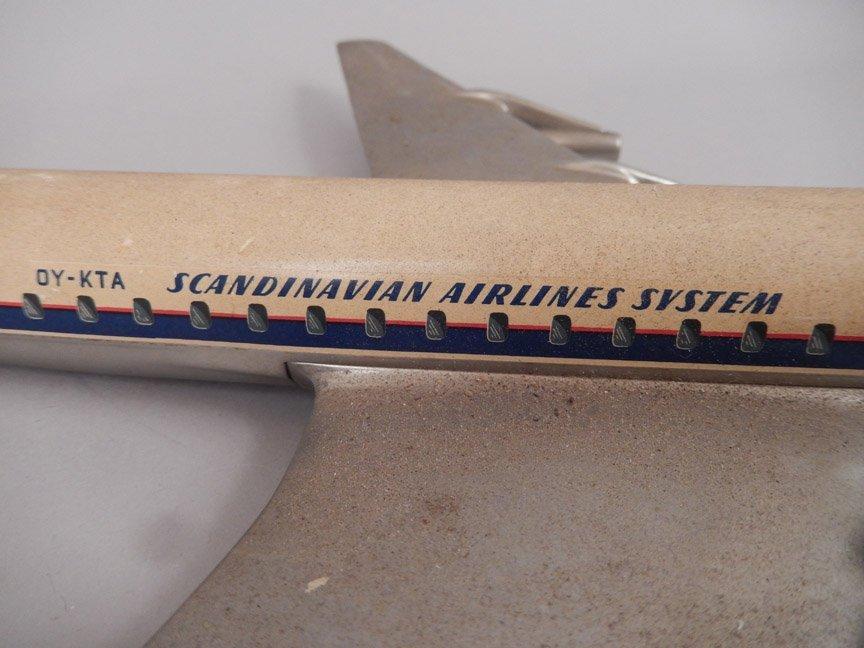 Scandinavian Airlines System DC-8 model plane - 3