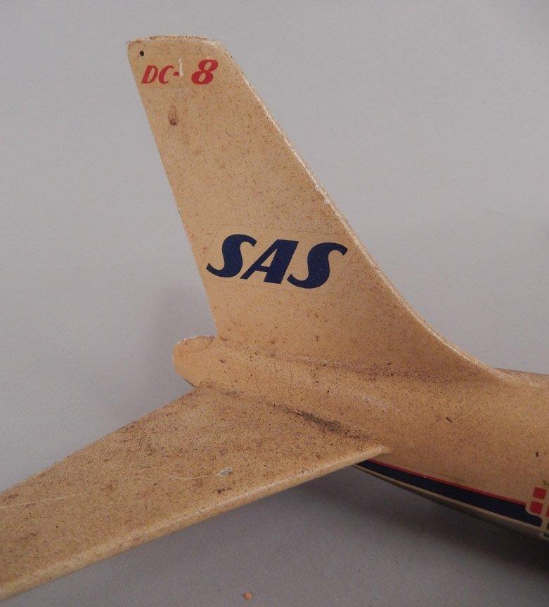 Scandinavian Airlines System DC-8 model plane - 4