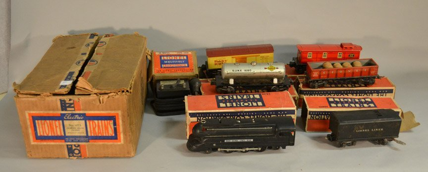 Lionel Freight Set No. 1073 with boxes