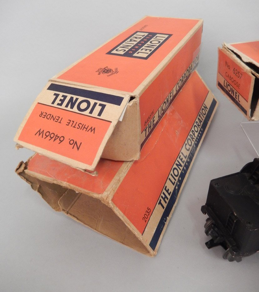 Lionel postwar freight train set in boxes - 6