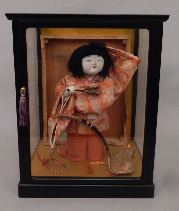 1930's Japanese Icimatsu doll in glass display case