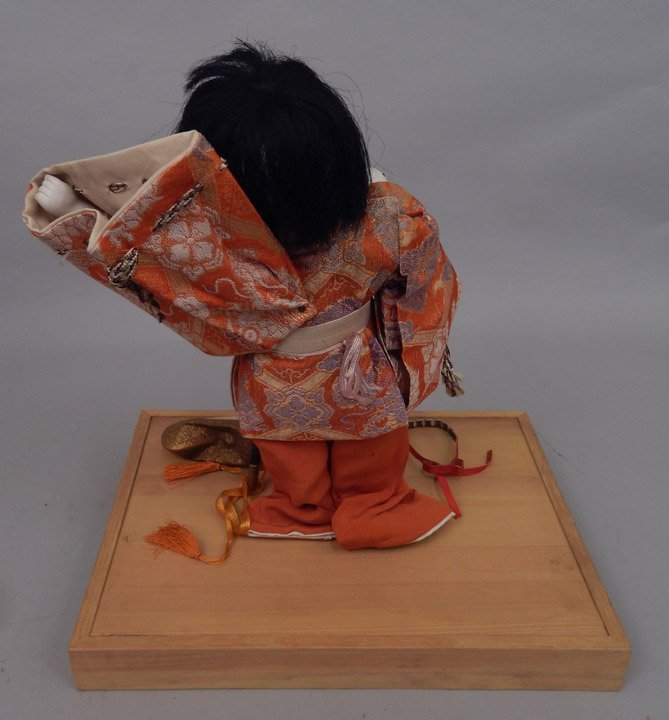 1930's Japanese Icimatsu doll in glass display case - 4