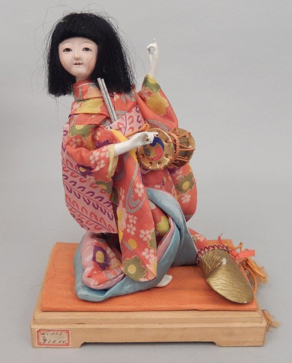 1930's Japanese Icimatsu doll in glass display case - 2