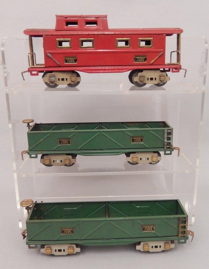 Three American Flyer Lines prewar O gauge freight cars,